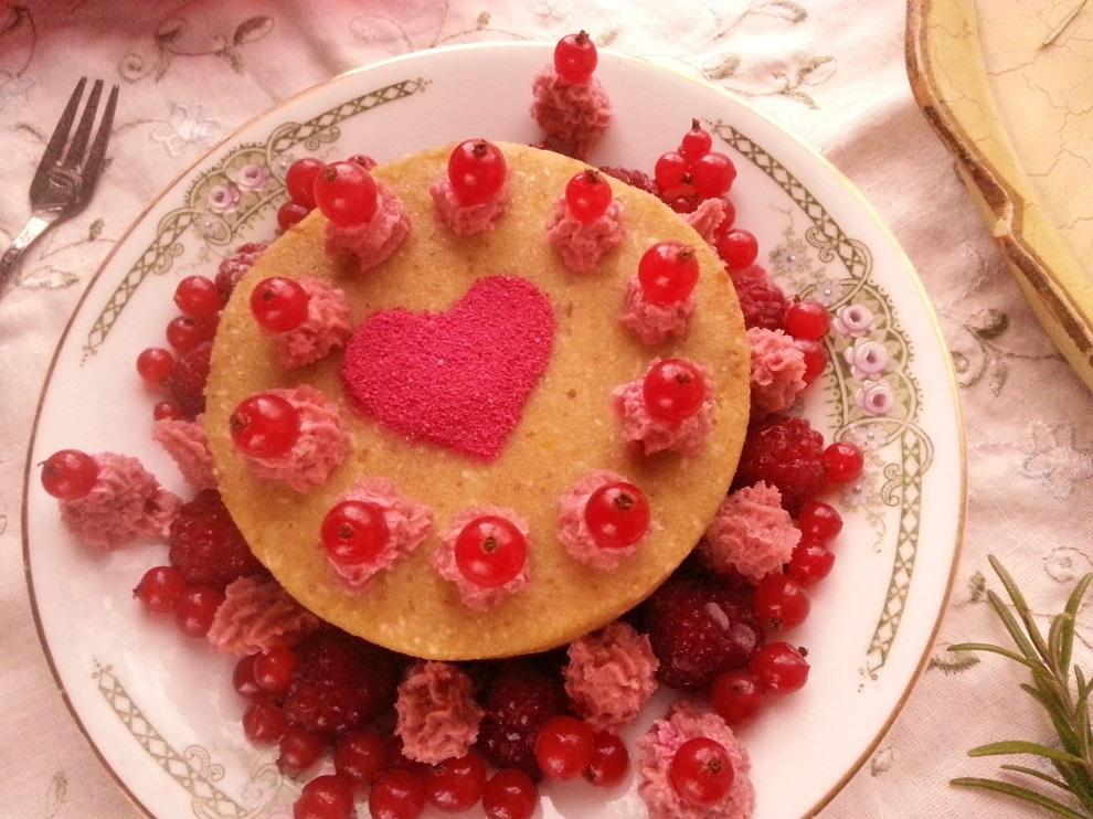 A little Valentine - kleine Rohkost-Torte