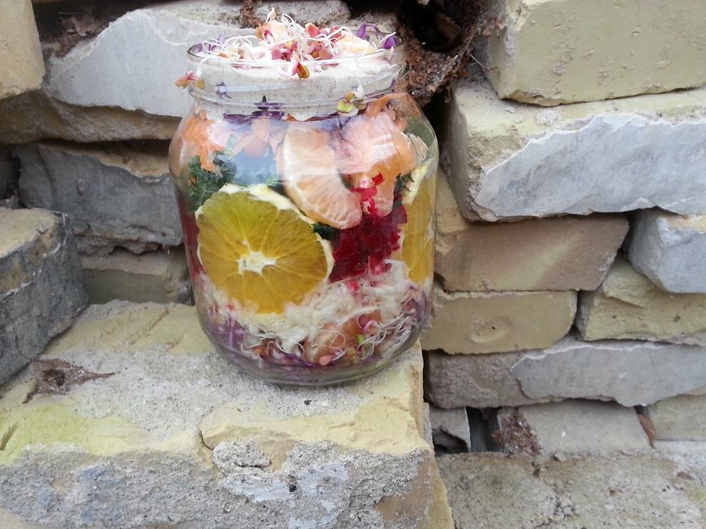 Bunter Winter-Rohkost-Salat im Glas