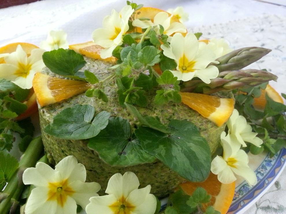 Grüner Chia-Pudding mit Wildkräutern