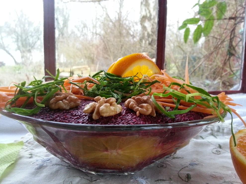 Herzhafte Chia-Pastete mit Winter-Gemüse