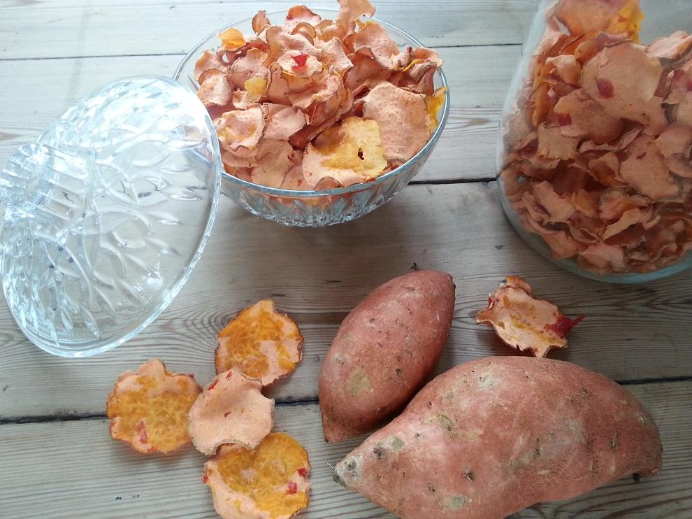 Rohe Bataten-Chips